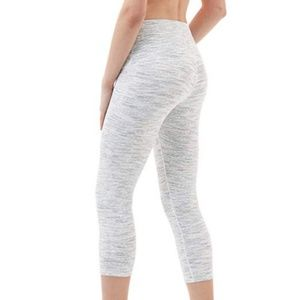 3/$25 NWT white/grey crop tights